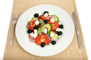 greek-salad-on-plate-11284048458yCrz